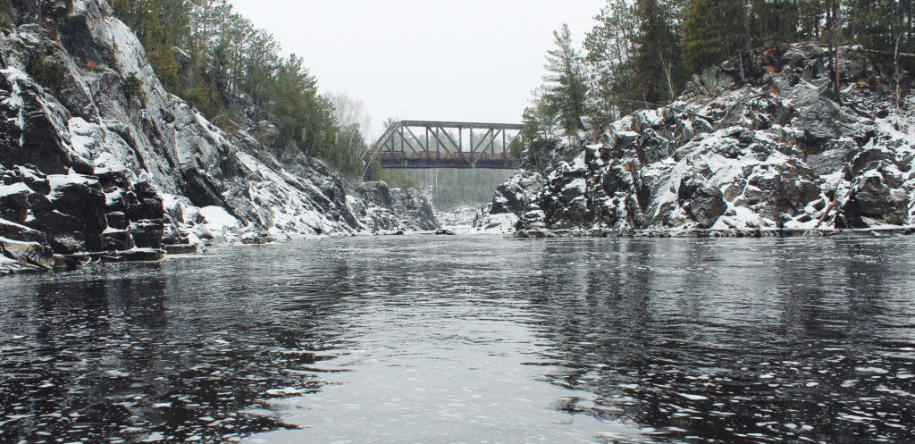 carlton mn, jay cooke state park winter bridge